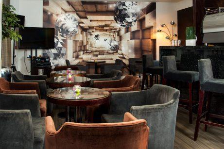 Garden Cafe and Lounge (3) | Park City Grand Plaza Kensington London
