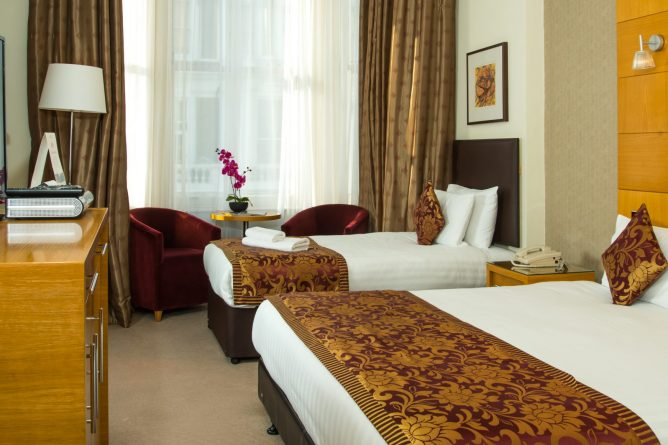 Plaza Executive Triple-3 | Park City Grand Plaza Kensington Hotel
